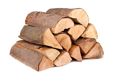 Billigt brænde eller firewood til brændeovn eller fyr.